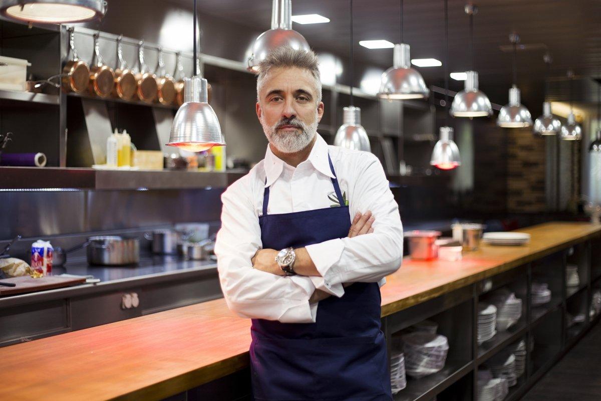 Apertura Sergi Arola en la cocina del renovado Sergi Arola Restaurante.
