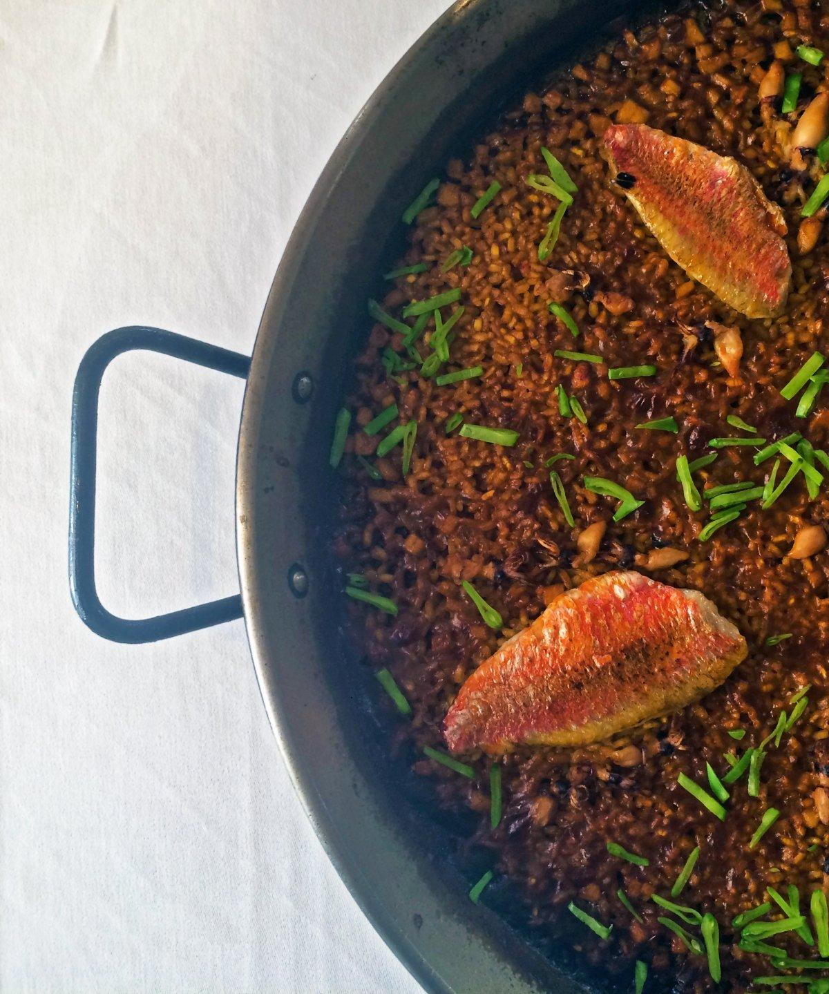 Arroz con salmonete del restaurante Agua de Mar