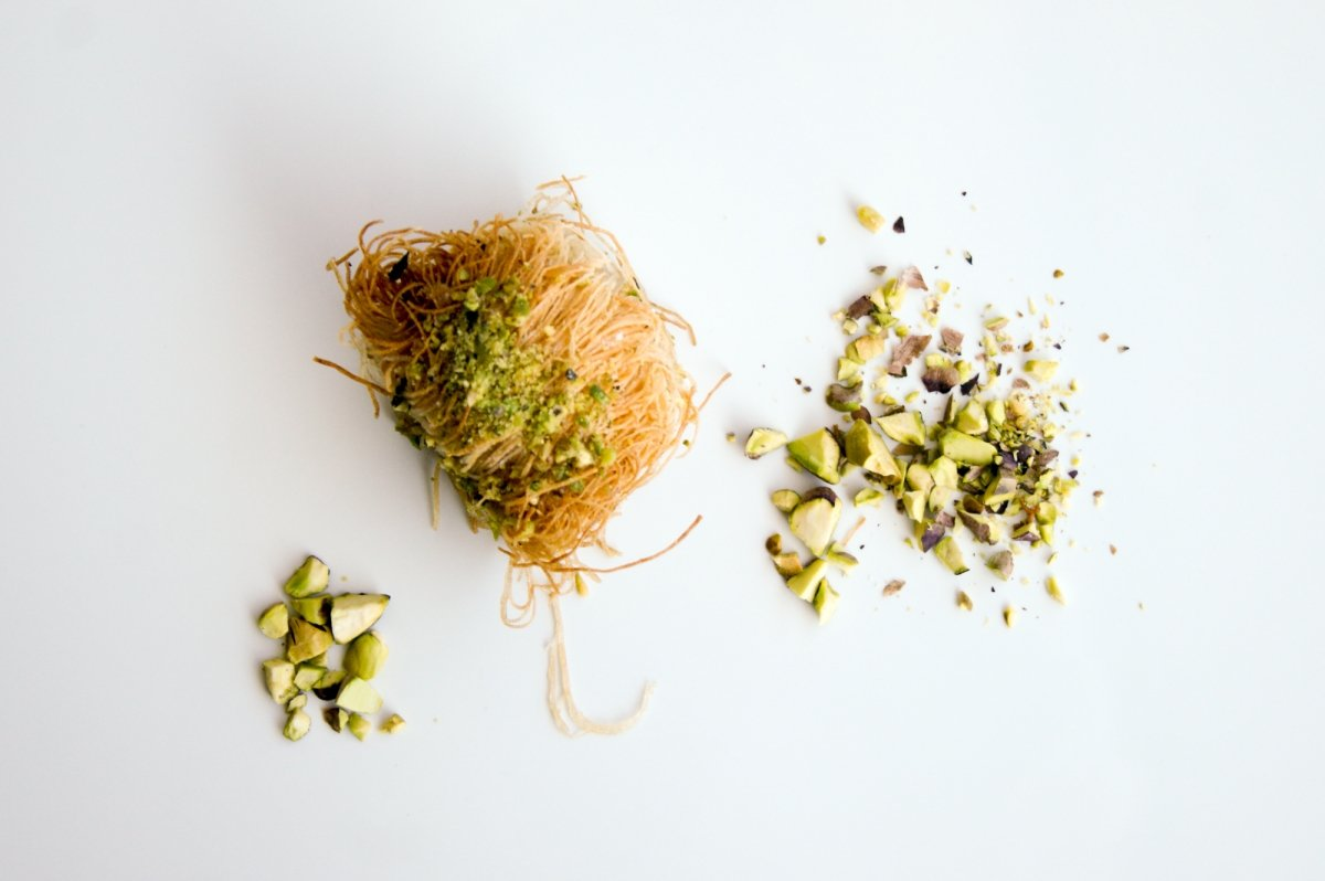 Baklava con pistachos triturados