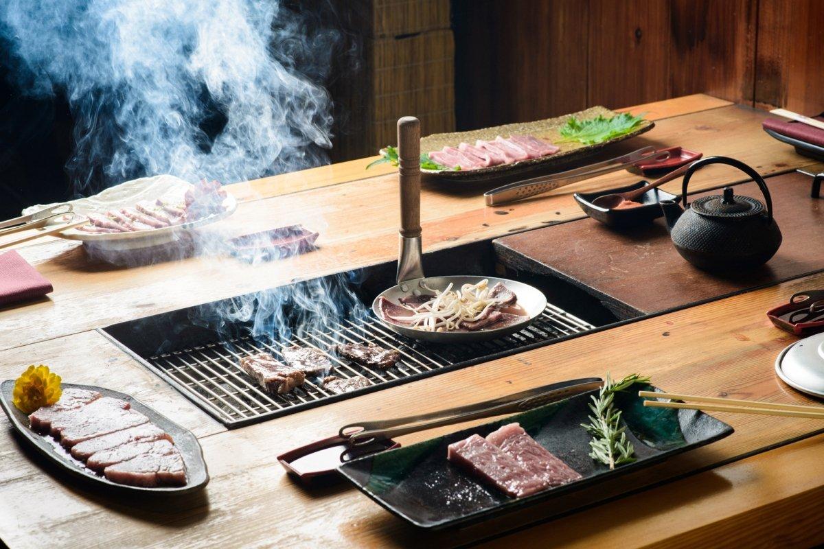 Restaurante Carlota Akaneya, el 'sumiyaki' del Kobe de grado 5
