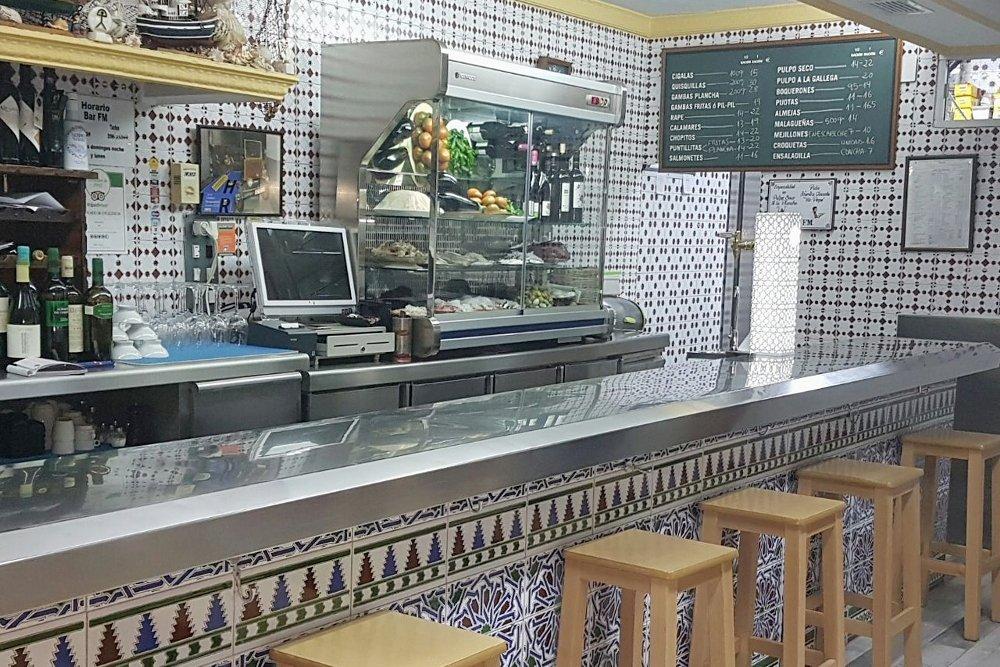 Barra del Bar FM de Granada