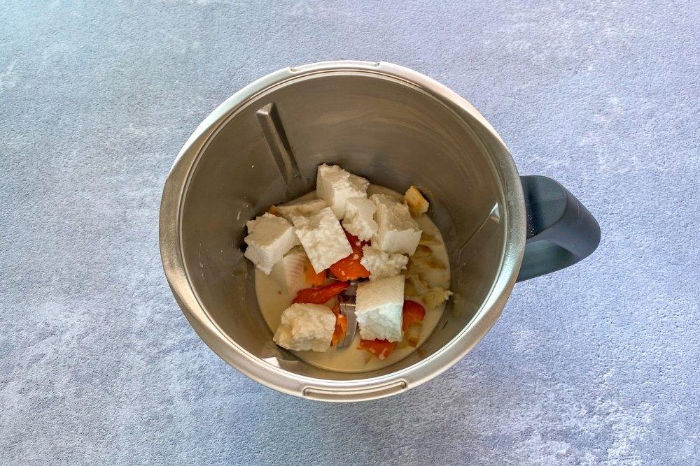 Batir la salsa huncaina