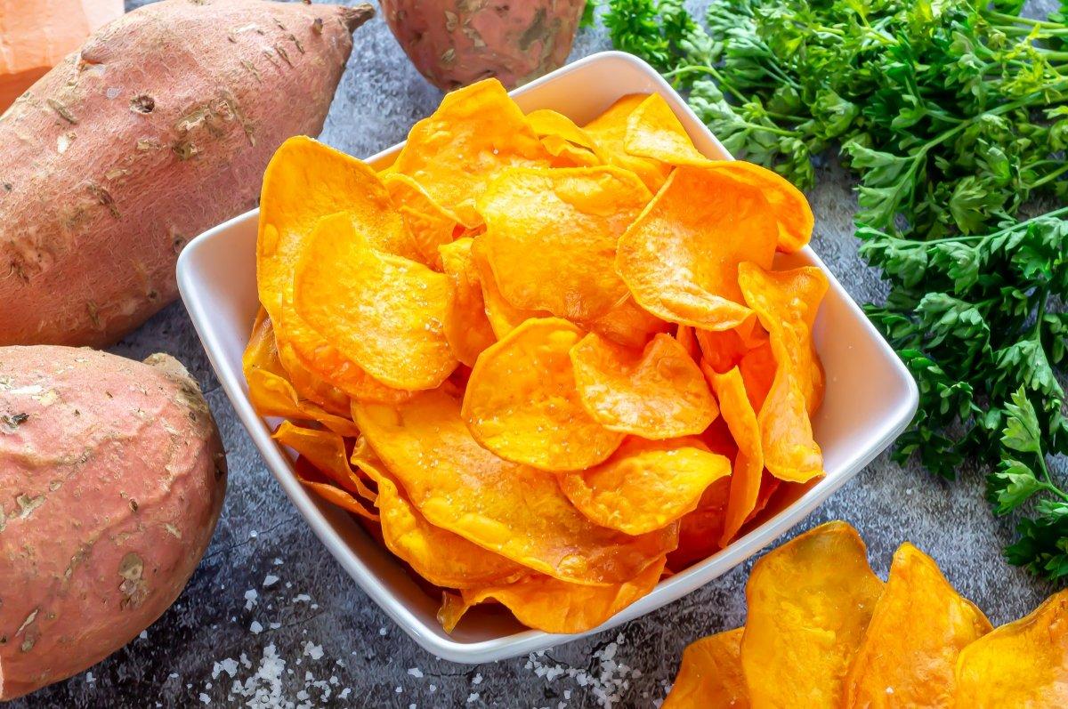 Boniato frito (sweet potato chips)