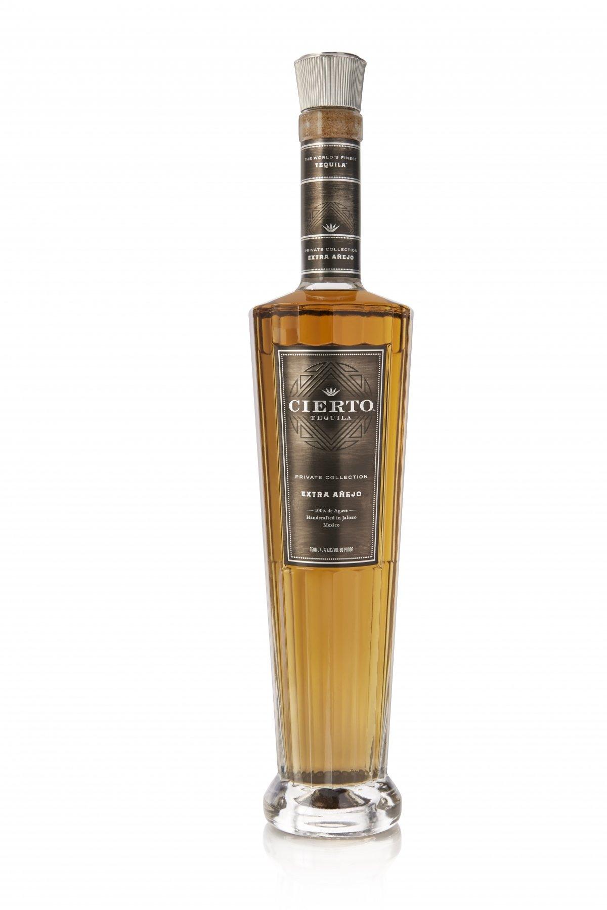 Botella de Cierto Tequila Private Collection Extra Añejo
