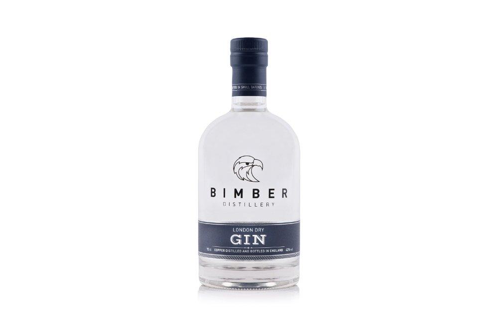 Botella de la ginebra Bimber London Dry Gin