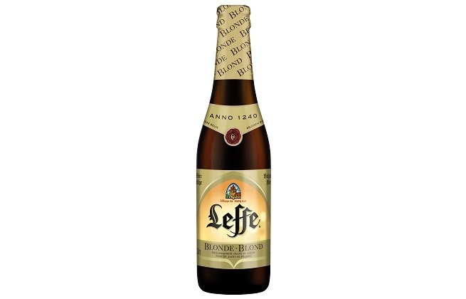 Botella de Leffe Blonde