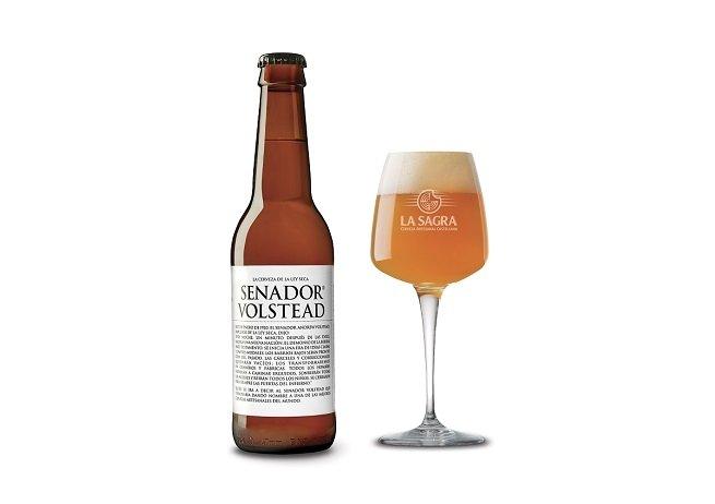 Botella y vaso de Senador Volstead Etiqueta Blanca