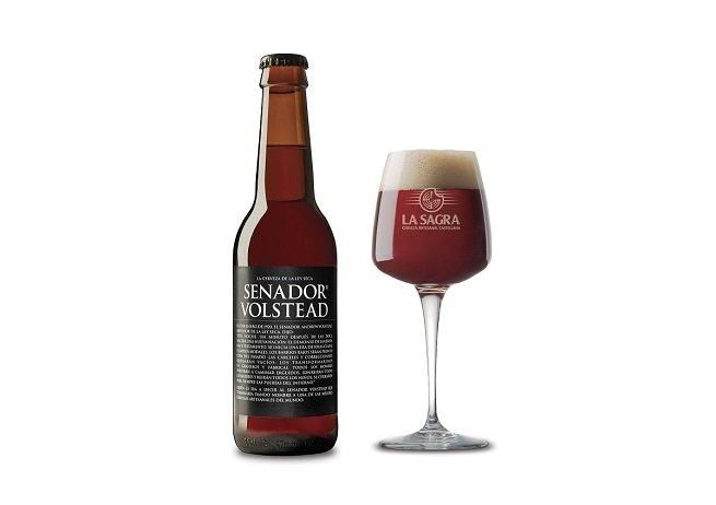Botella y vaso de Senador Volstead Etiqueta Negra