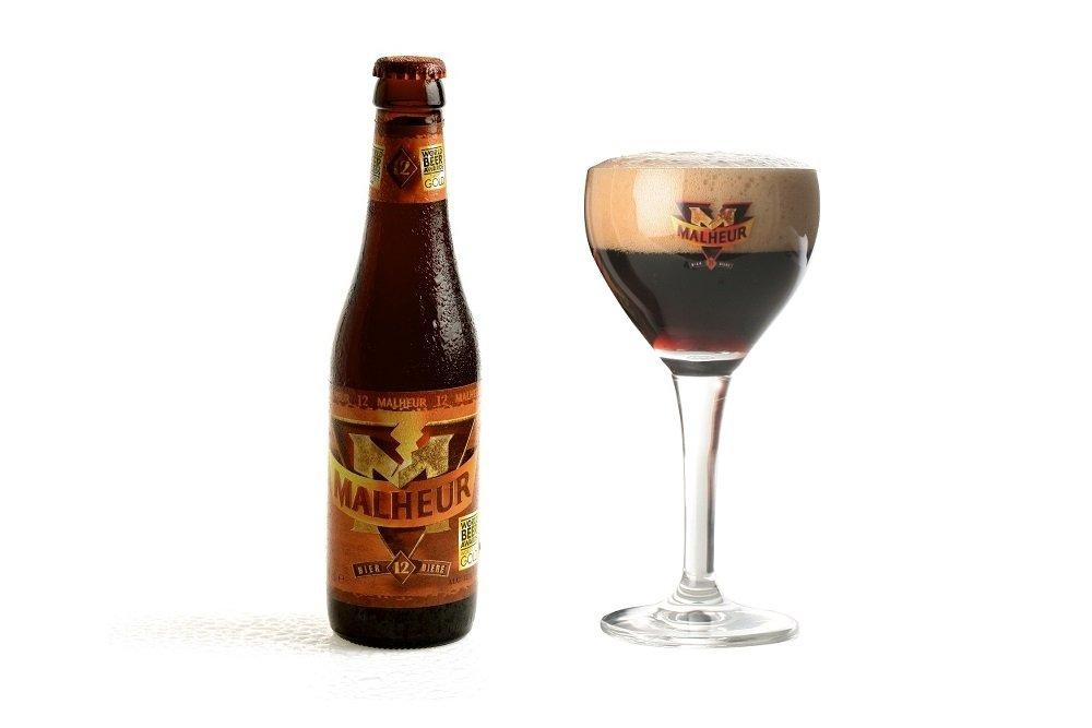 Botella y vaso oficial de Malheur 12