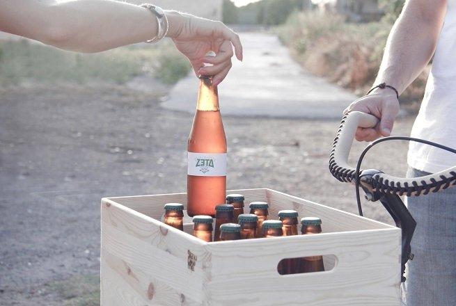 Caja de botellas de Zeta Hop