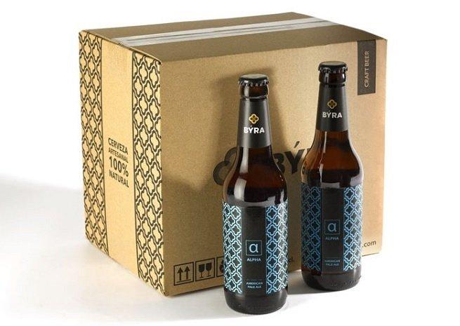 Caja de cervezas Býra