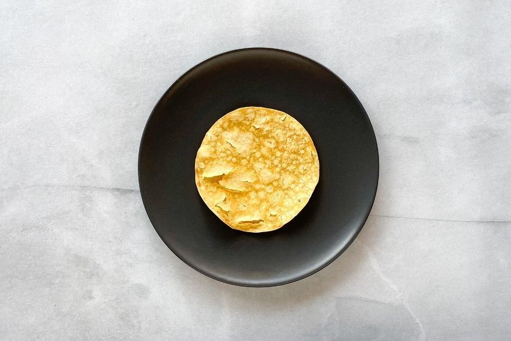 Calentar las tortillas de maíz en el horno