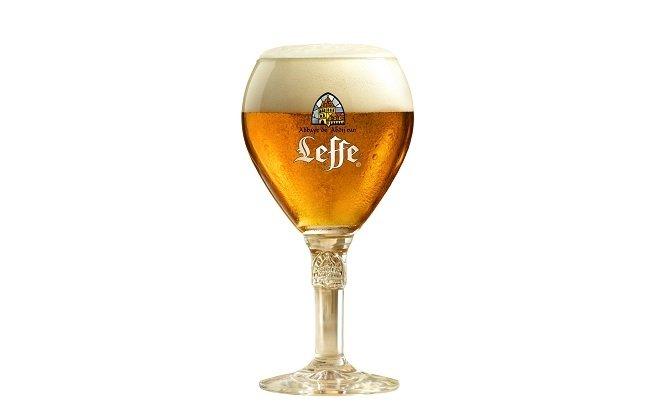 Copa de Leffe Blonde