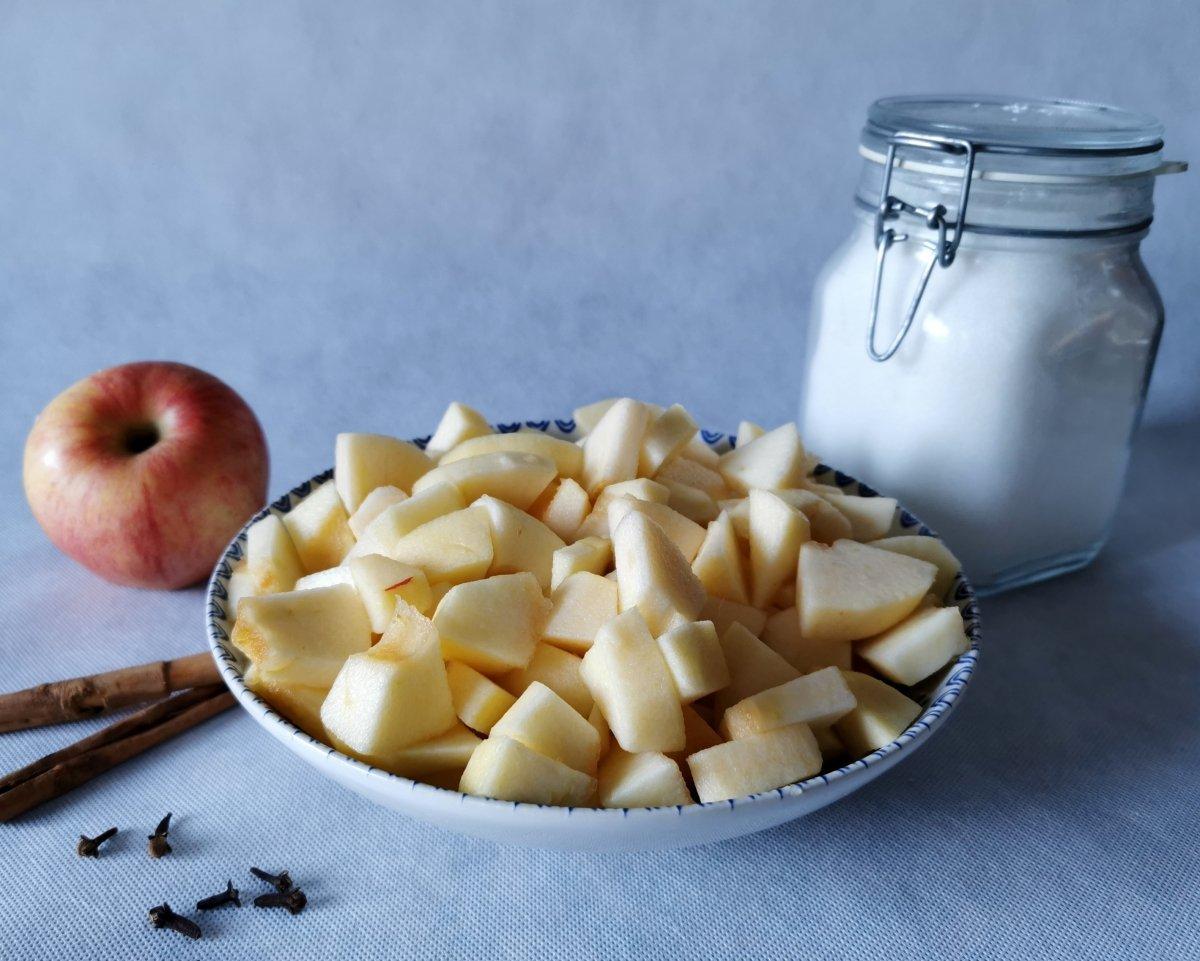 Cortar las manzanas en daditos
