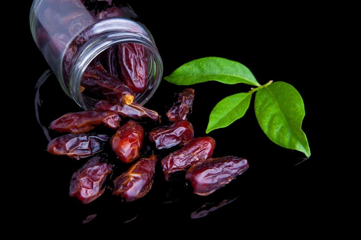 Dátil, la fruta energética a consumir con precaución