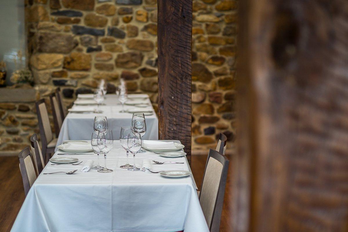 Detalle de la sala del restaurante Casa Garras