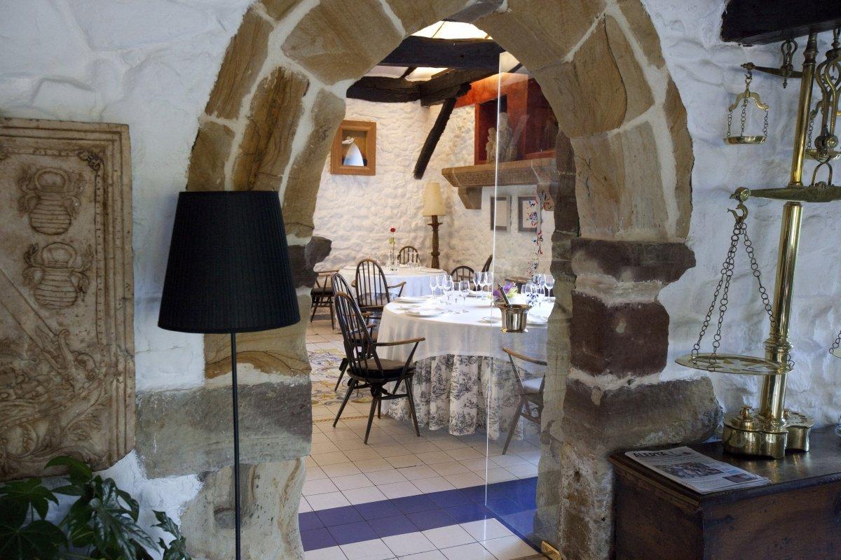 Detalle de la sala del restaurante El Nuevo Molino