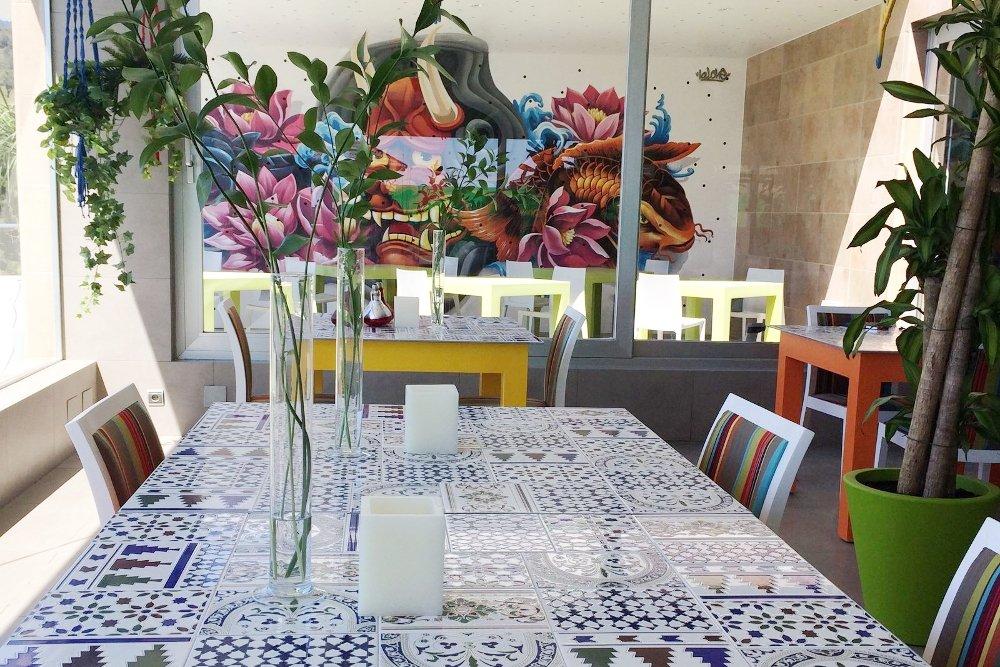 Detalle de una mesa del restaurante Arara