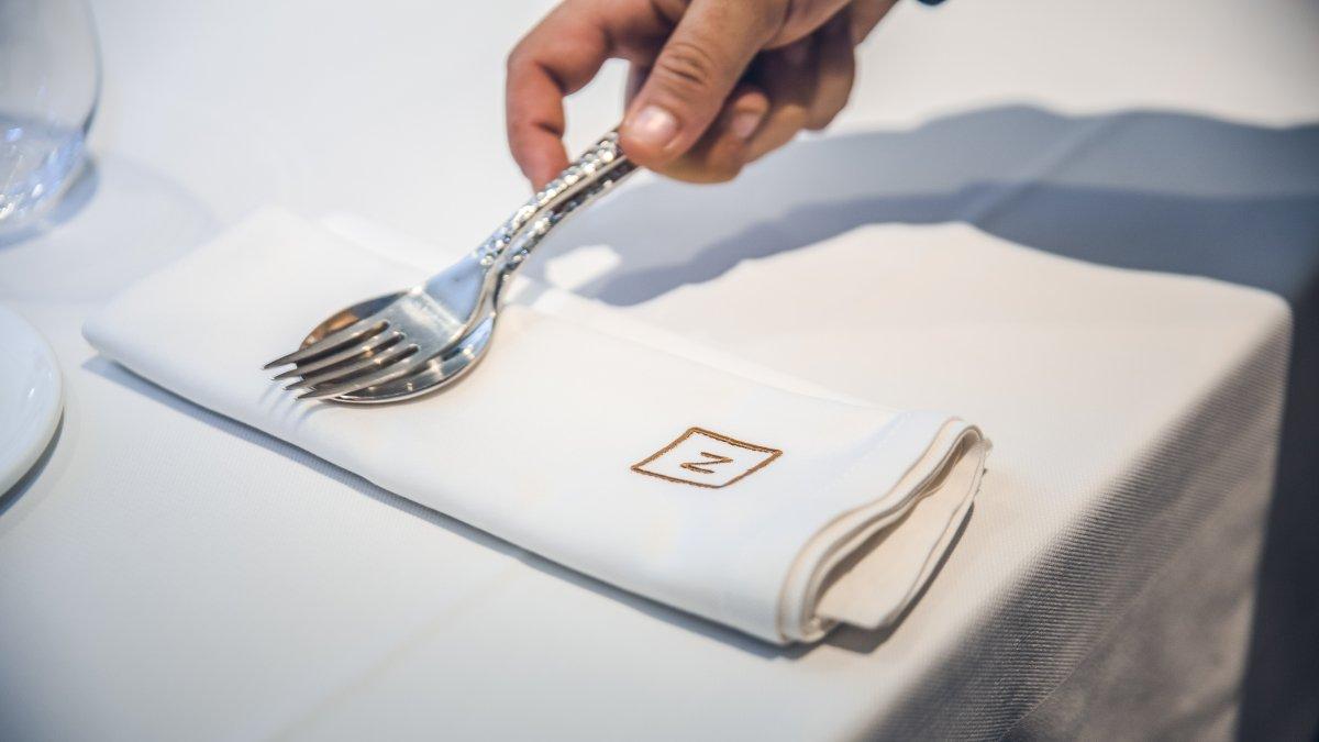 Detalle de una mesa del restaurante Nova