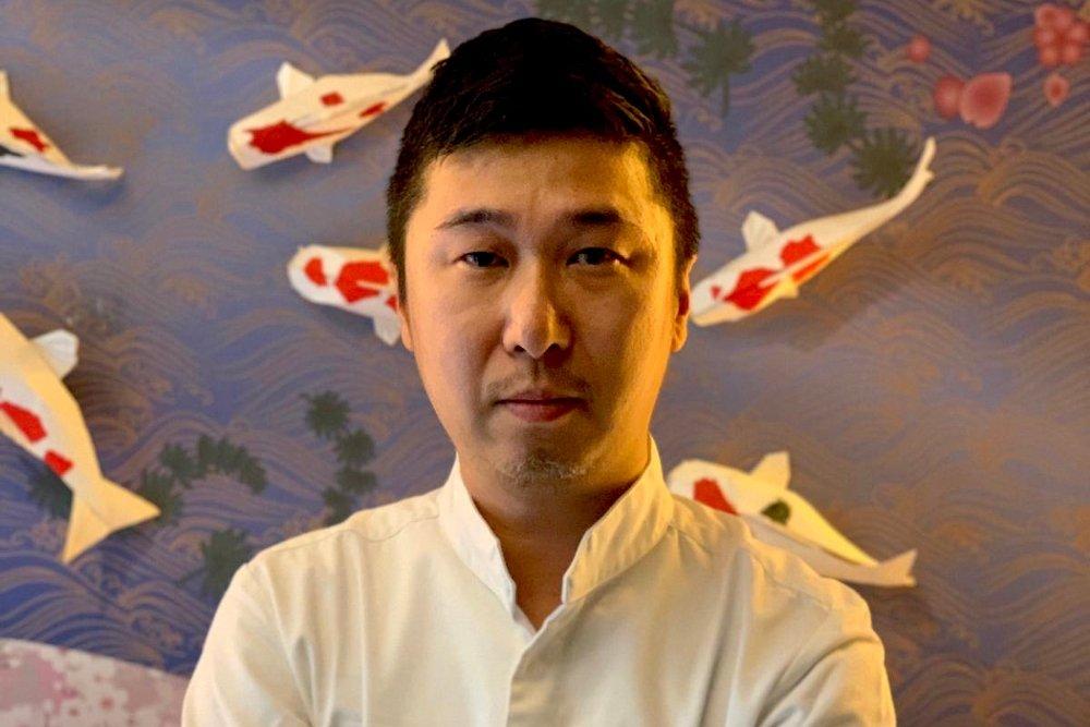 El chef Yoshi Yanome