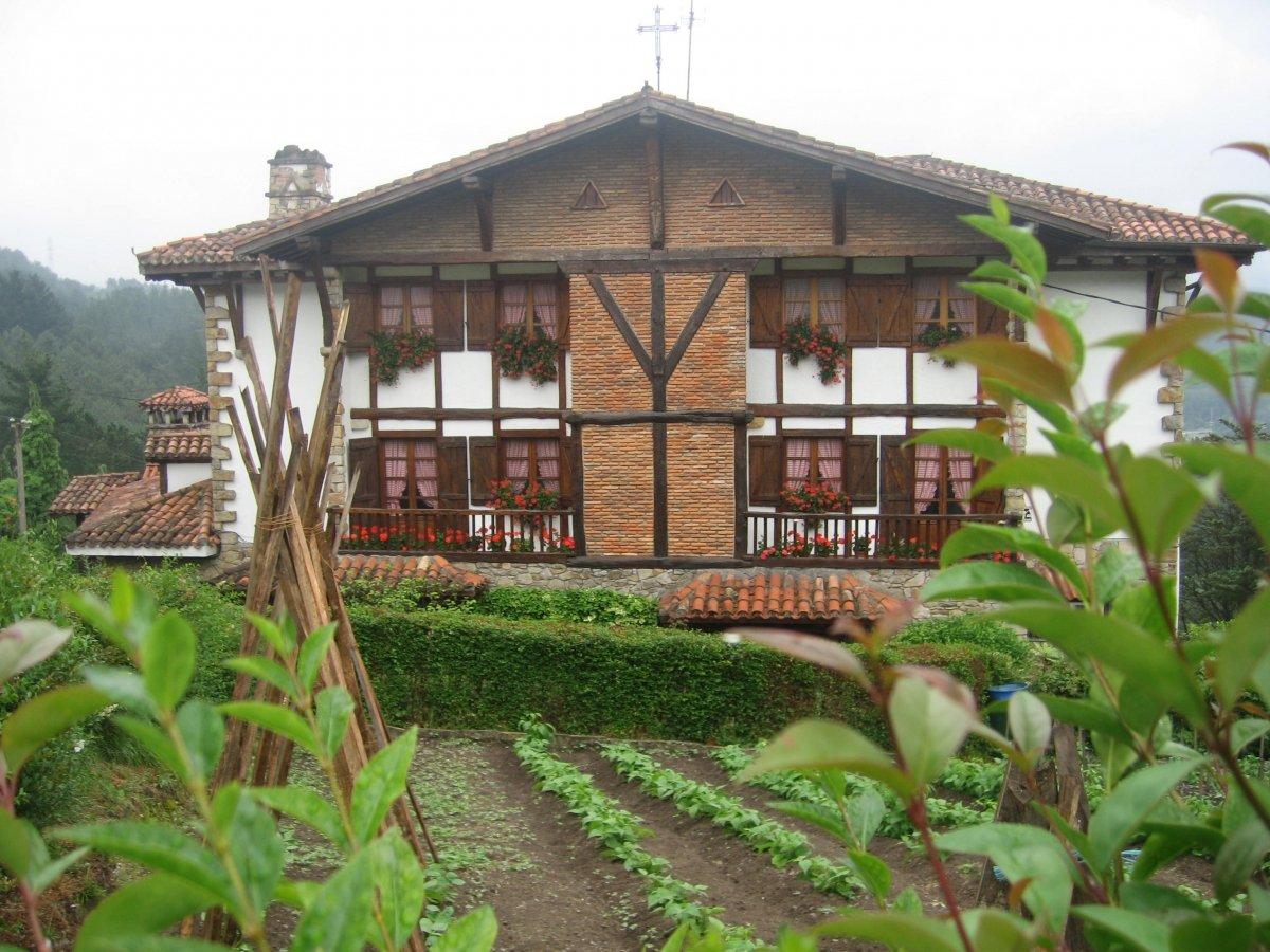 El Restaurante Andra Mari y su huerta