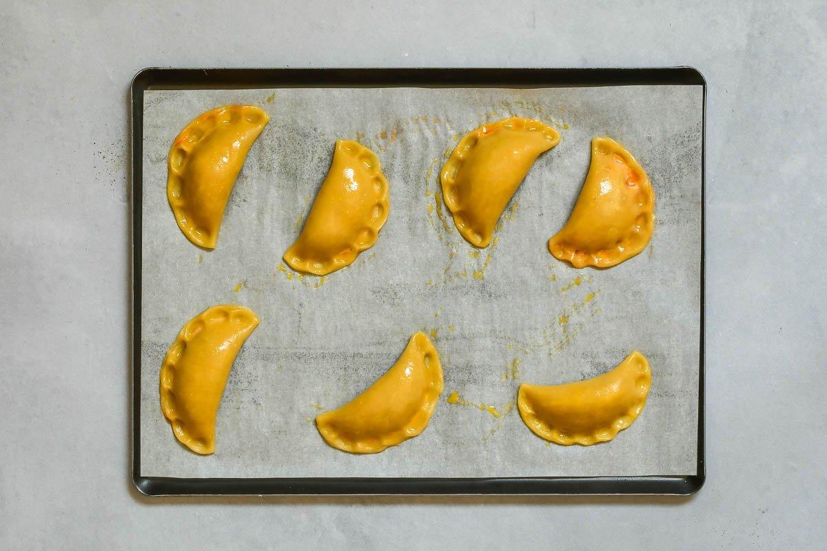 Empanadillas listas para hornear