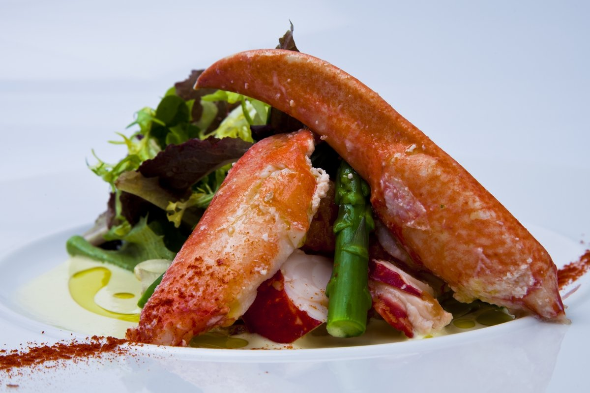 Ensalada de bogavante y espárragos trigueros del restaurante Zarate