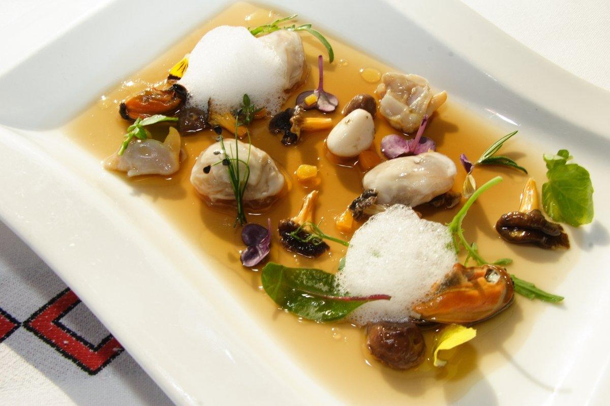 Ensalada de moluscos del Restaurante Andra Mari