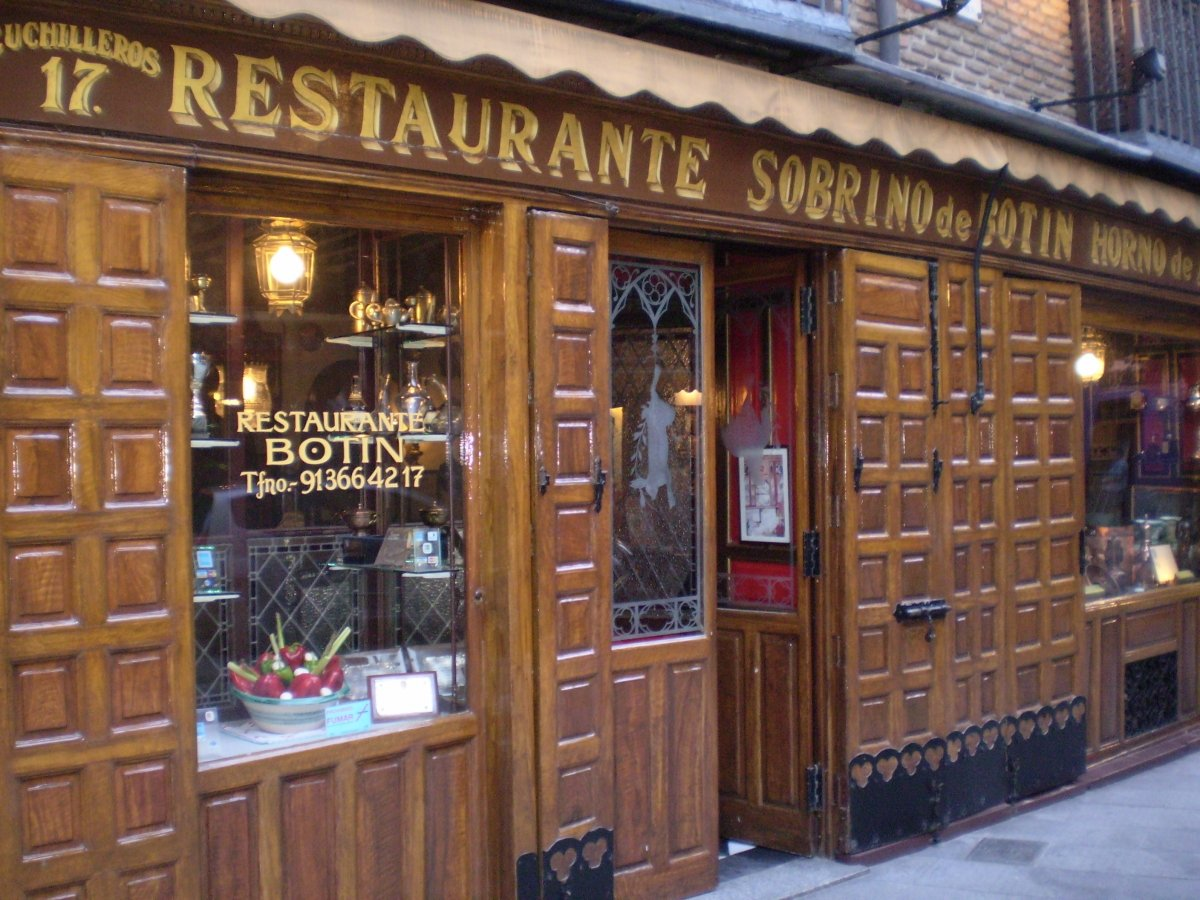 Entrada al restaurante Botín de Madrid