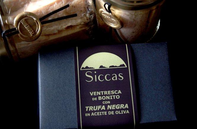 Envases de las conservas de Siccas