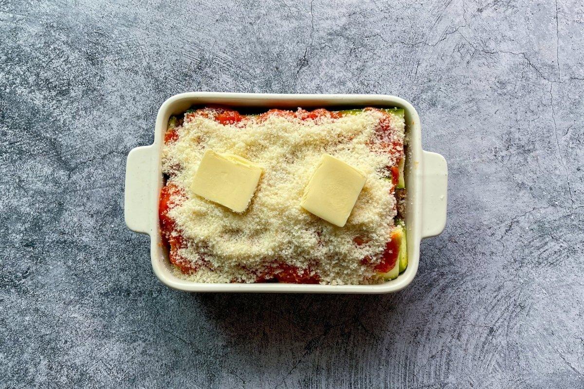 Espolvorear con queso parmesano rallado
