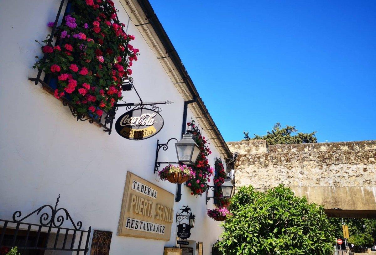 Exterior de Puerta Sevilla