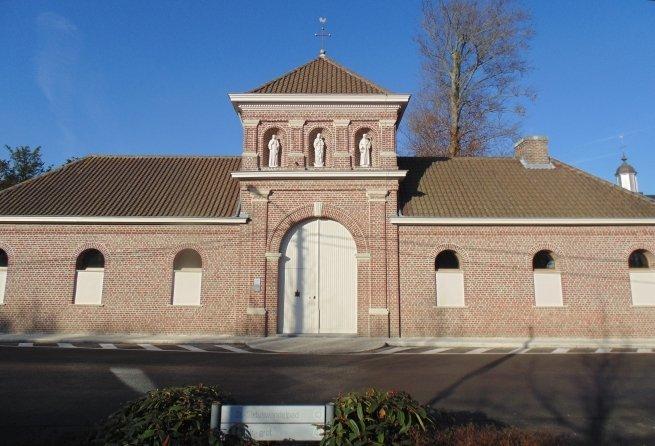 Fachada principal de la Abadía de Sint Sixtus