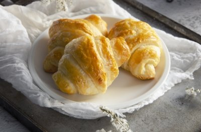 Cruasanes caseros (croissants)