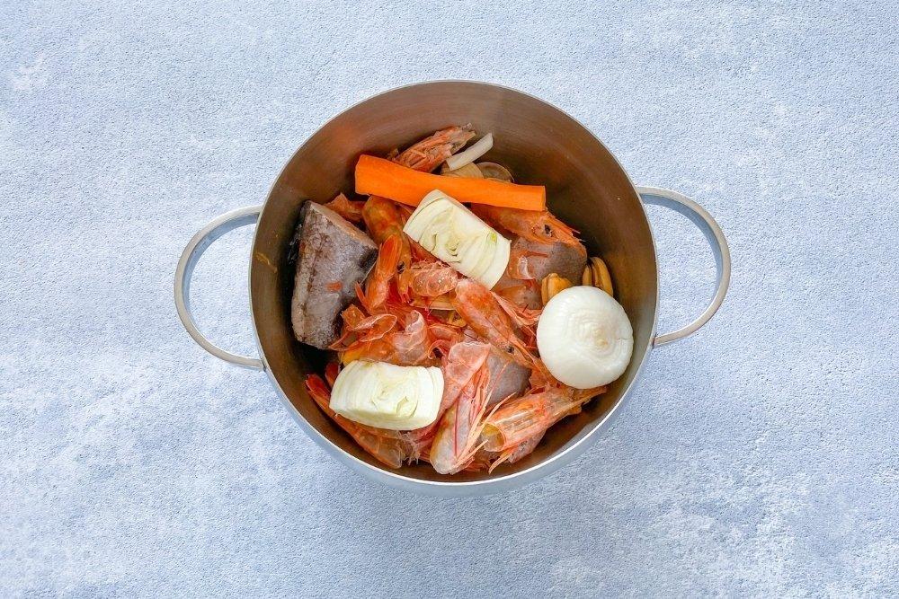 Fumet de pescado para elaborar arroz caldero