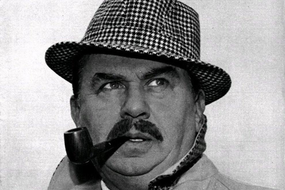 Gino Cervi como el comisario Maigret