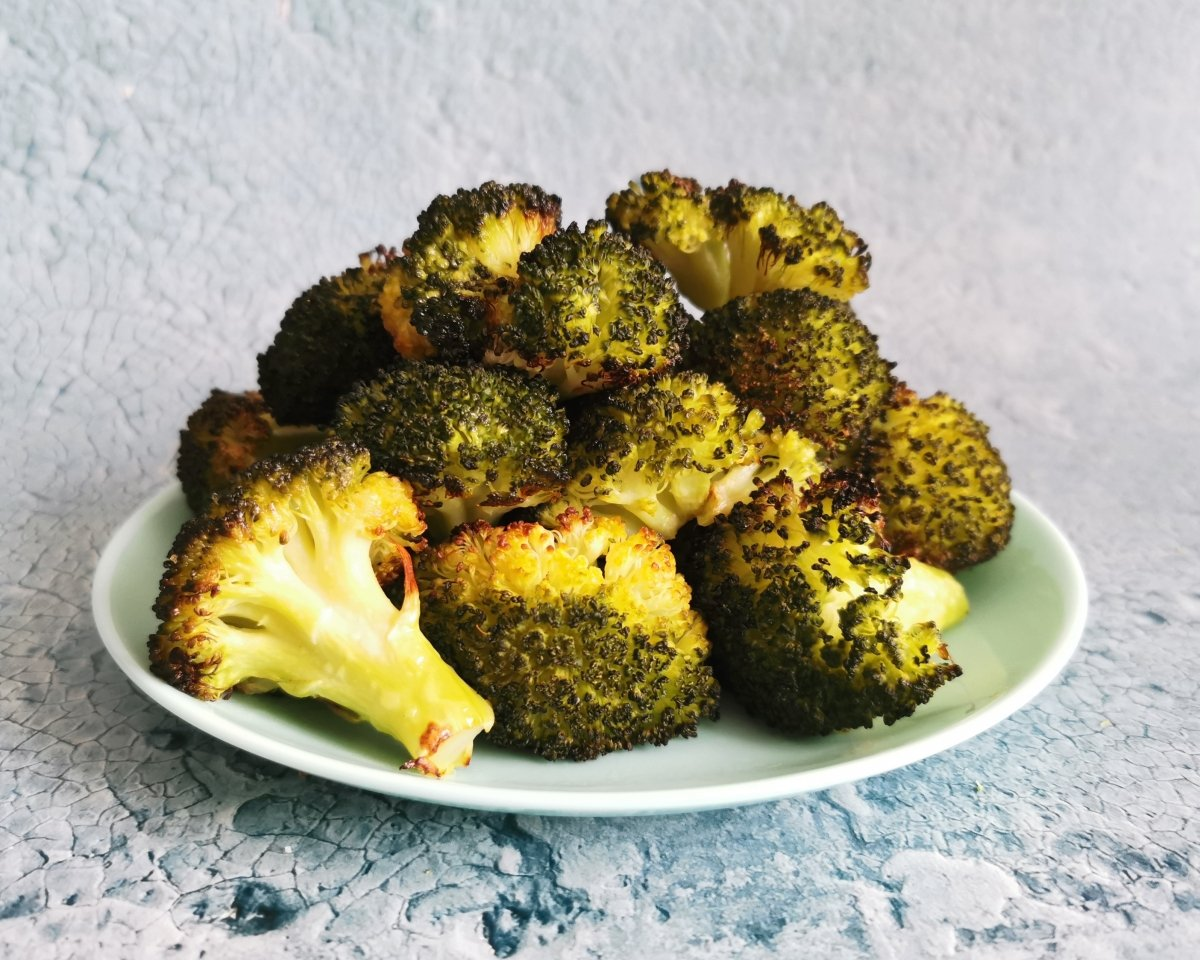Hornear los brócoli unos 20 minutos