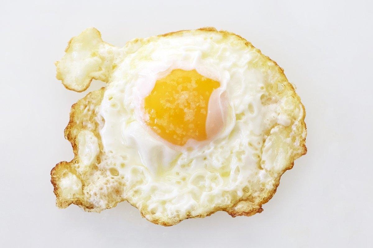 Huevo frito plano cenital