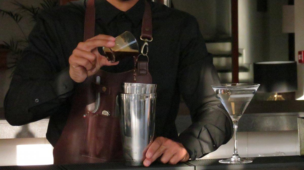 incorporando cafe al coctel