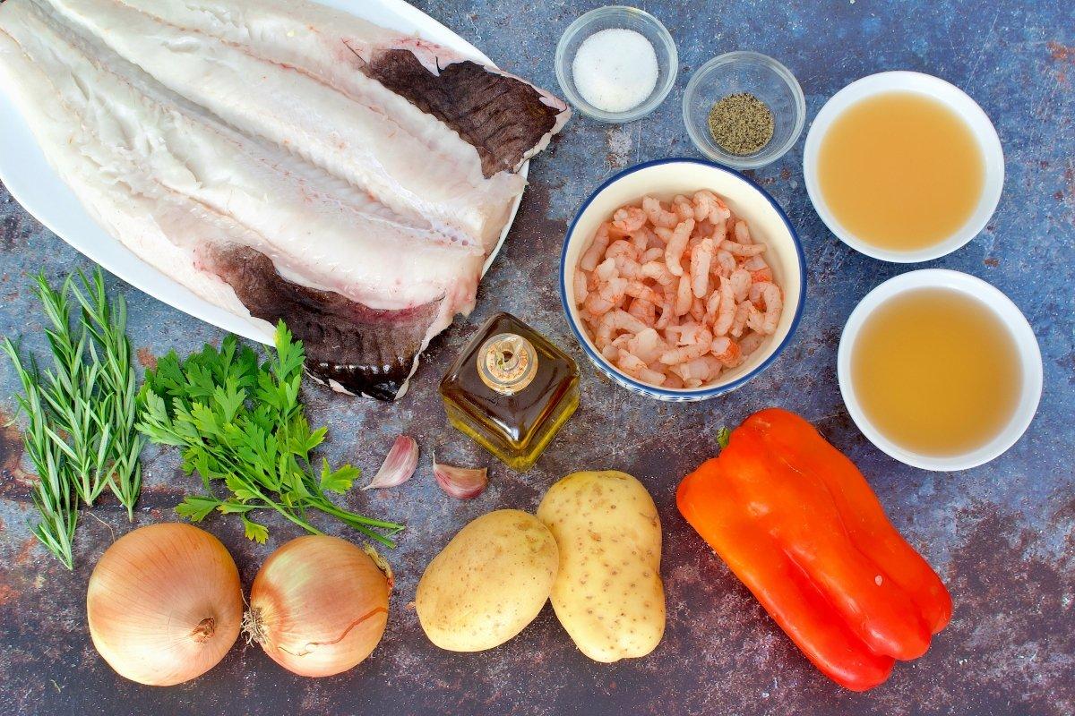 Ingredientes de la merluza rellena de gambas