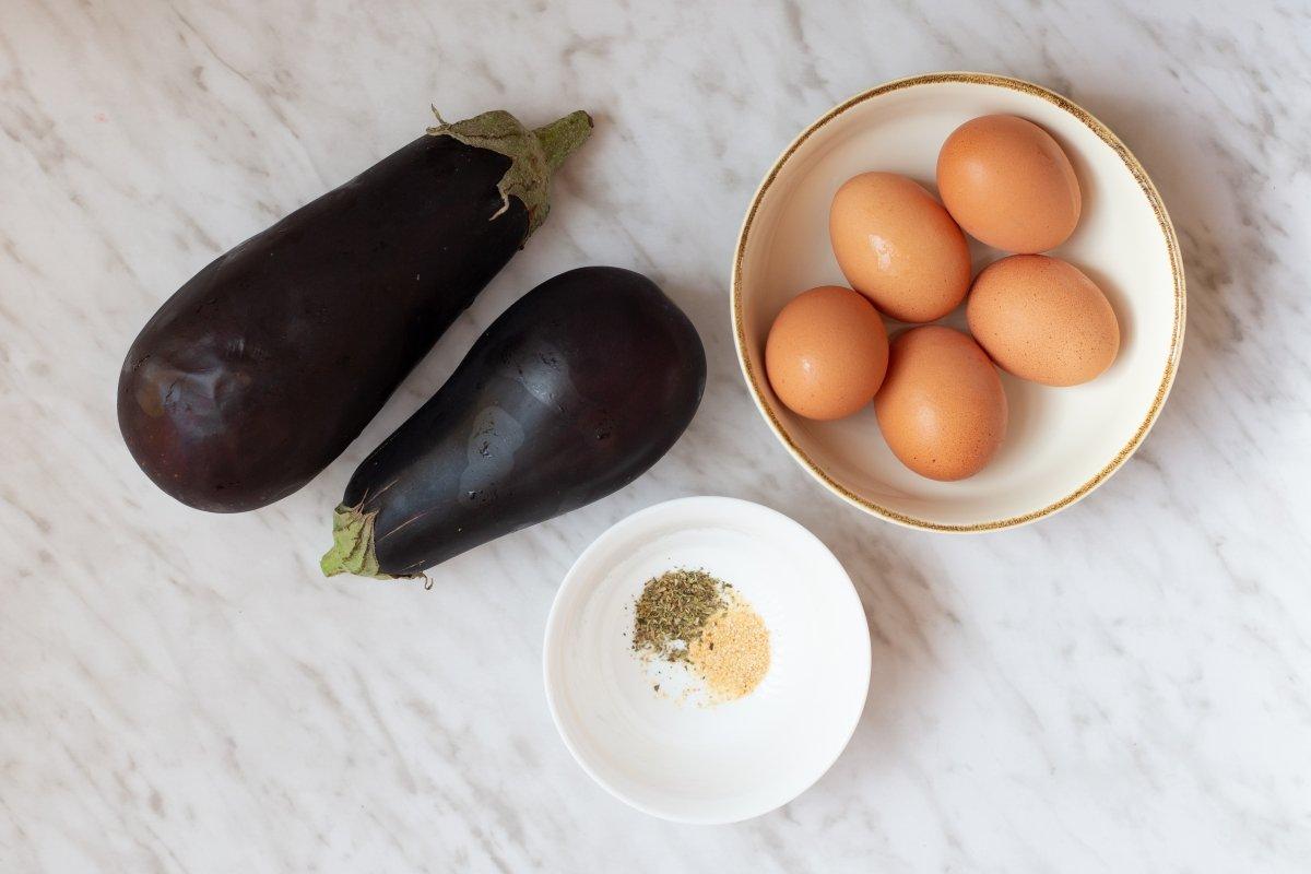 Ingredientes de la tortilla de berenjena *