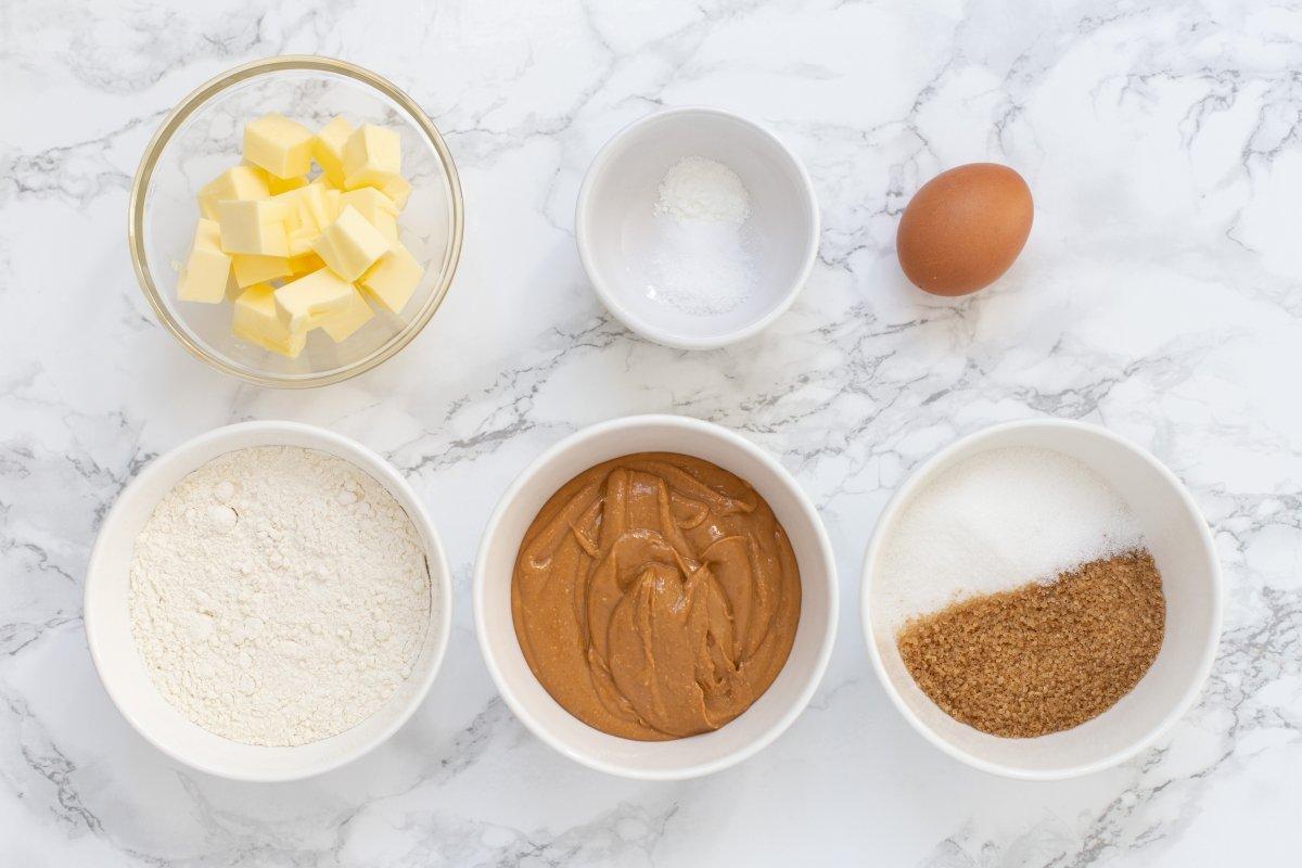 Ingredientes de las galletas de mantequilla de cacahuete