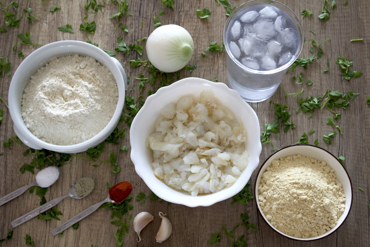 Ingredientes de las tortillitas de bacalao