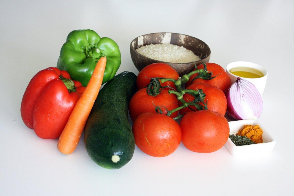 Ingredientes de los tomates rellenos