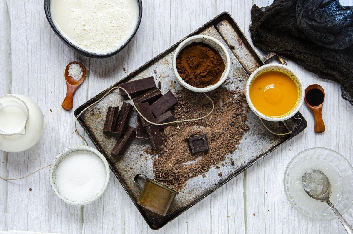 Ingredientes del helado de chocolate casero