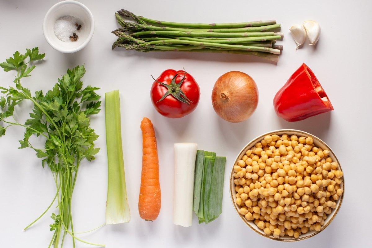 Ingredientes del potaje de garbanzos con verduras