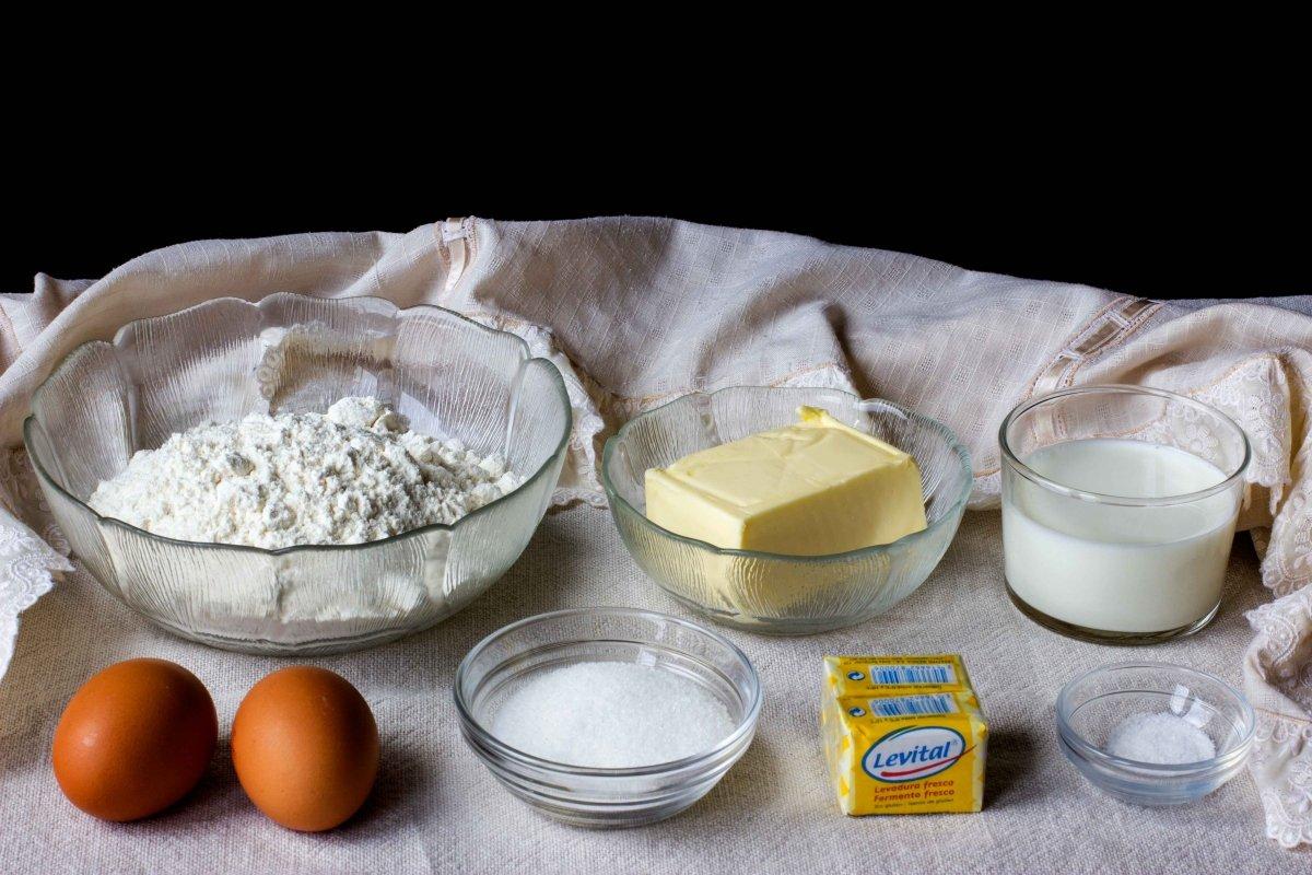 Ingredientes necesarios para hacer el bollo de mantequilla de Bilbao