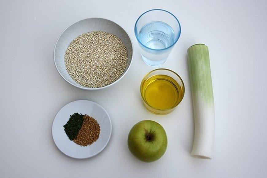 Ingredientes para cocinar la quinoa con puerro y manzana