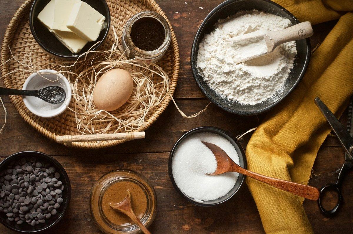 Ingredientes para cucuruchos barquillos caseros