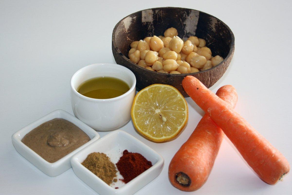 Ingredientes para el hummus de zanahoria